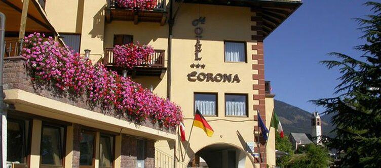 Corona Hotel3