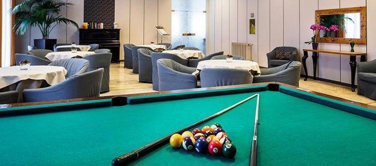 Cristallo Lounge Billiard