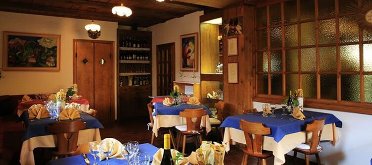 Cristina Restaurant3