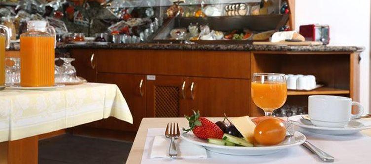 Crystal Fruehstuecksbuffet2