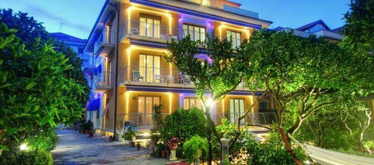 Delibera Hotel