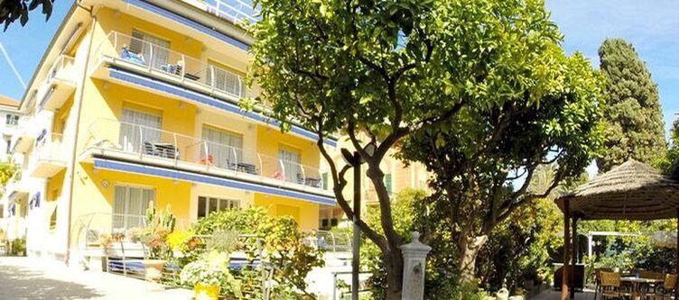 Delibera Hotel2