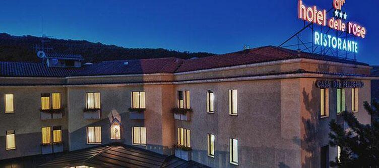 Dellerose Hotel Abend2