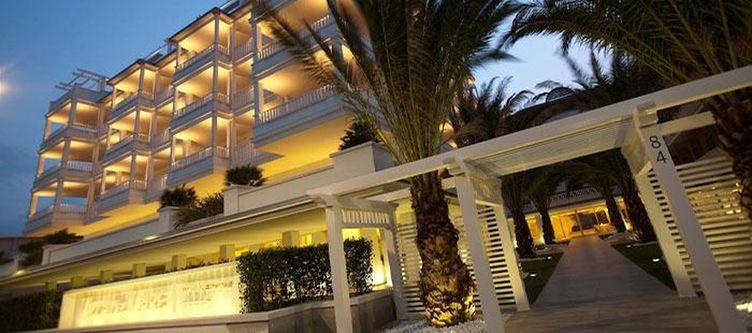 Delmare Hotel Abend