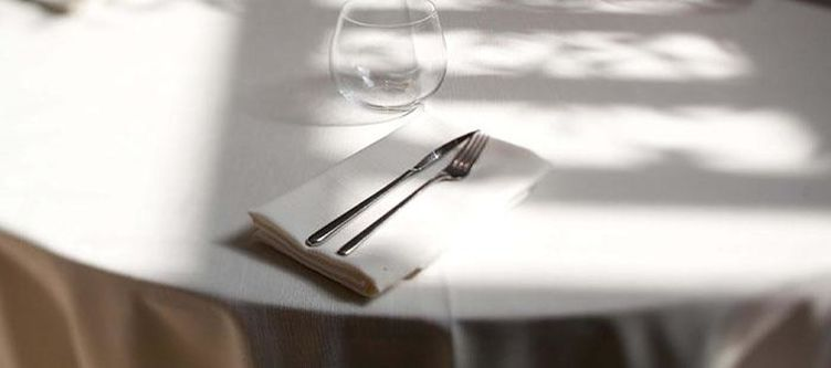 Delmare Restaurant Gedeck2