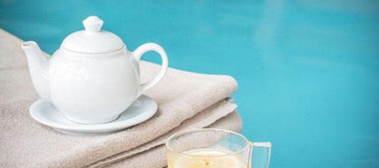 Demidoff Wellness Hallenbad Tee