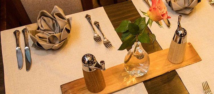 Dischma Restaurant Gedeck2
