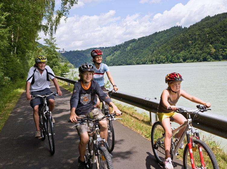Donauradweg Familie 1