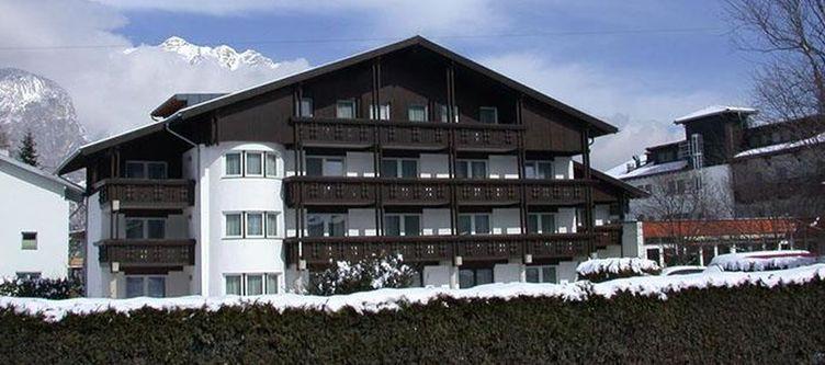 Edelweiss Hotel Winter2