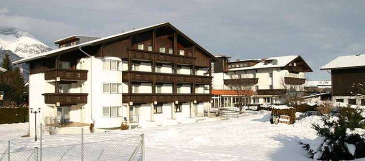 Edelweiss Hotel Winter3