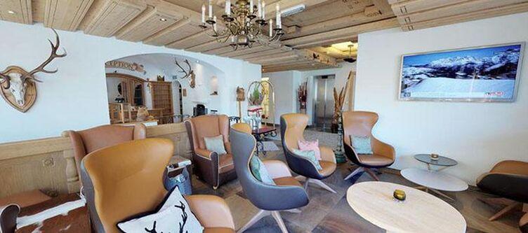 Edelweiss Lounge2