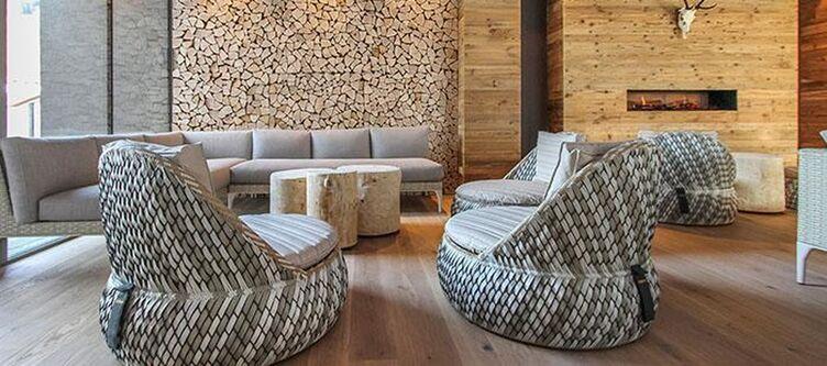 Edelweiss Lounge3