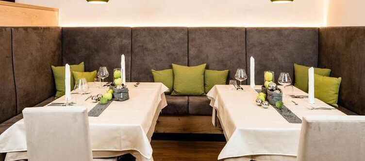 Edelweiss Restaurant2 2