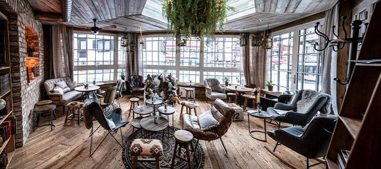 Eder Lounge2