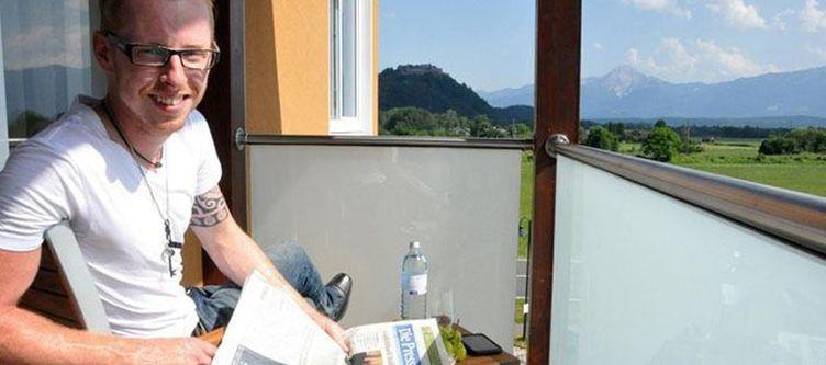 Educare Zimmer Balkon