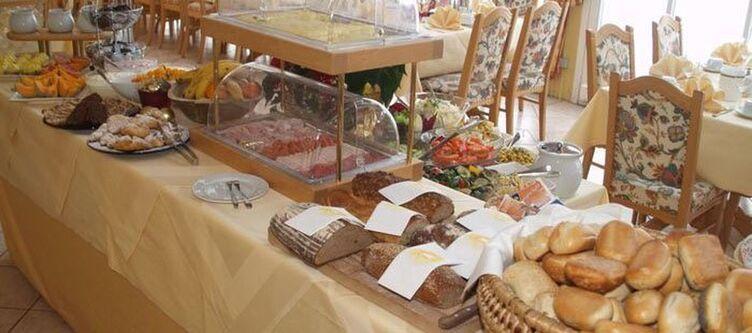 Eichenhof Fruehstuecksbuffet