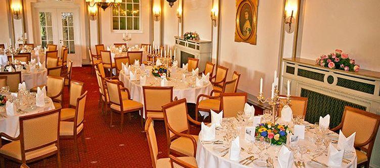 Elisabeth Restaurant2