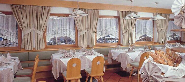 Ellaresh Restaurant