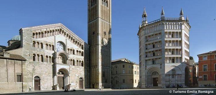 Emilia Romagna Parma Piazza Duomo 1