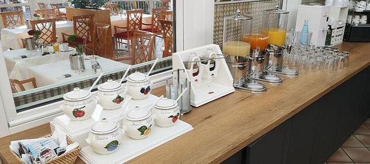 Empfingerhof Fruehstuecksbuffet