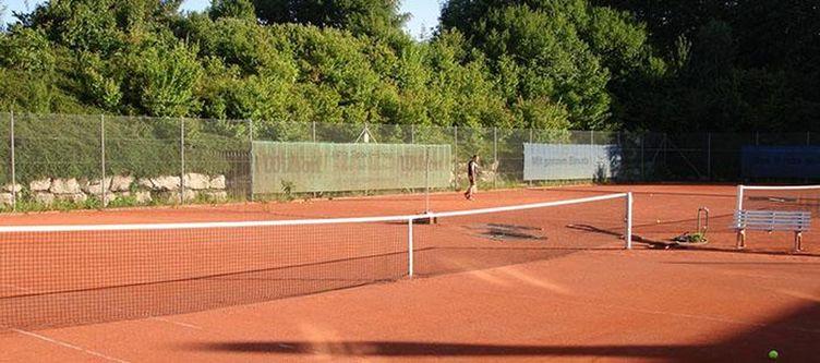 Empfingerhof Tennisplatz