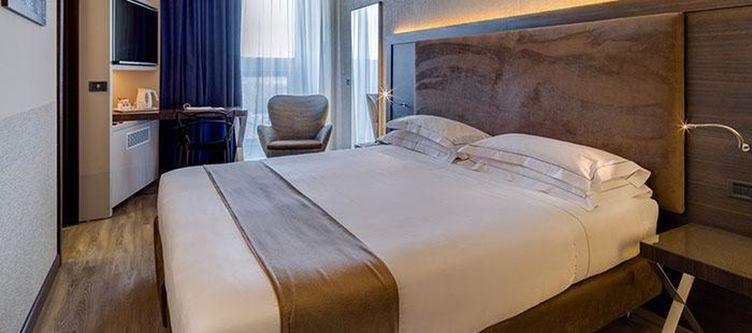 Farnese Zimmer Standard