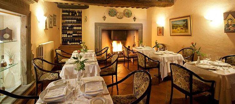 Fattoria Restaurant Kamin