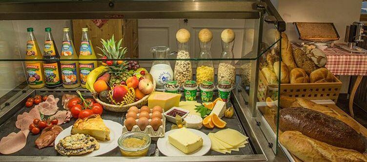 Ferienhof Fruehstuecksbuffet