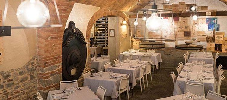 Ferriera Restaurant2