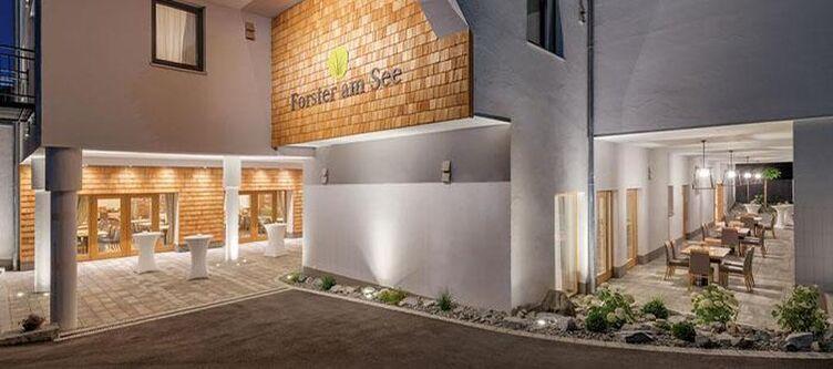 Forster Hotel2