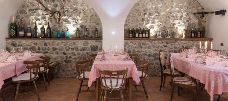 Gardentrentino Restaurant2