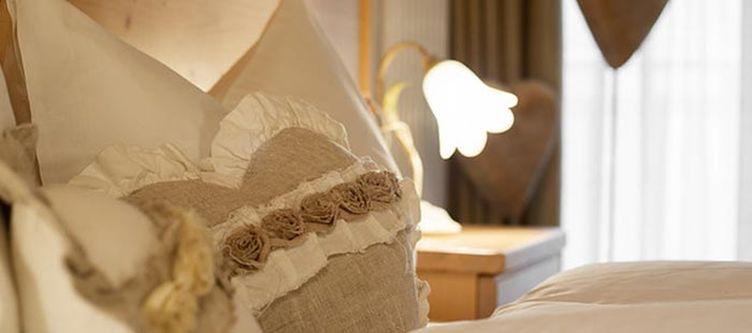 Giasenei Zimmer Matrimonale3