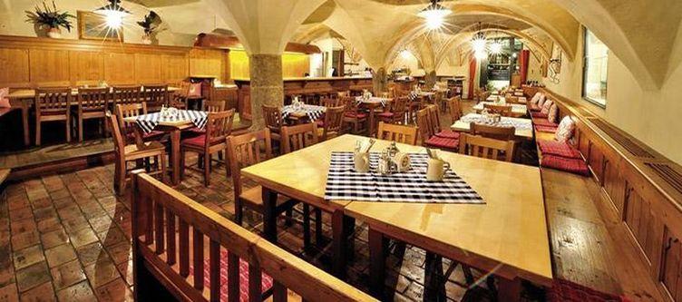 Goldenerengl Restaurant Augustinerbraeu Keller