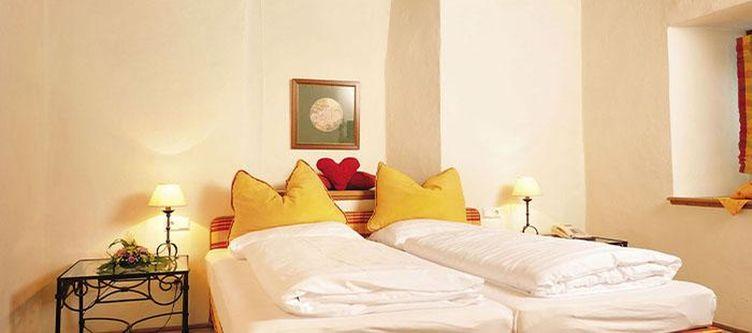 Goldenerengl Zimmer4