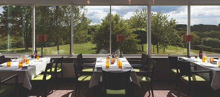 Golf Country Restaurant4