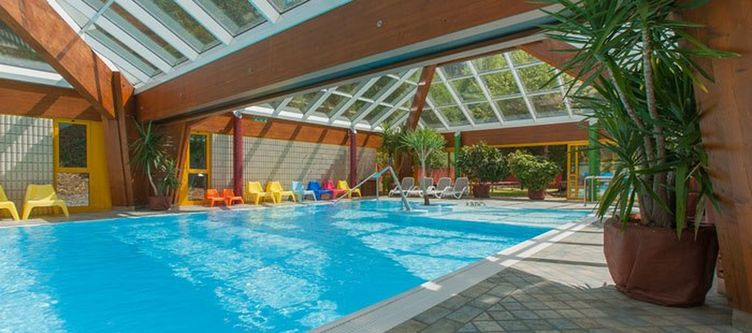 Gortani Wellness Hallenbad3