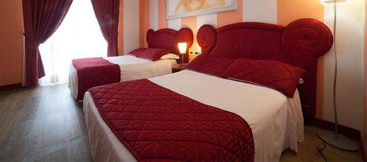 Gradisca Zimmer Rot