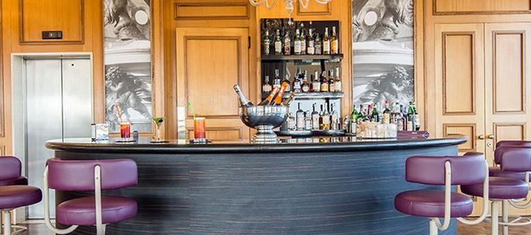 Grandealbergo Bar2