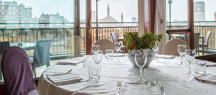 Grandealbergo Restaurant5