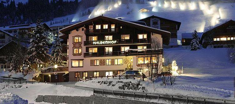 Haldenhof Hotel Winter Abend
