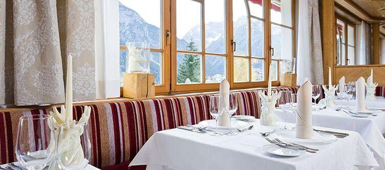 Hallers Restaurant3