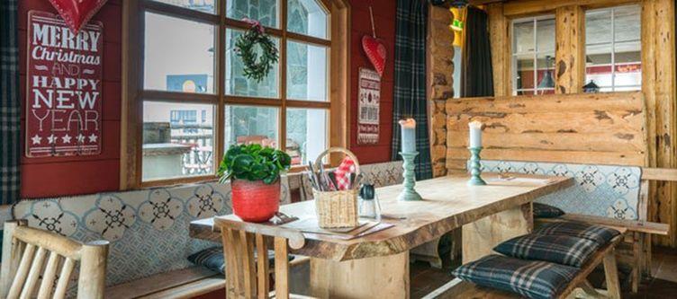 Hamilton Restaurant3