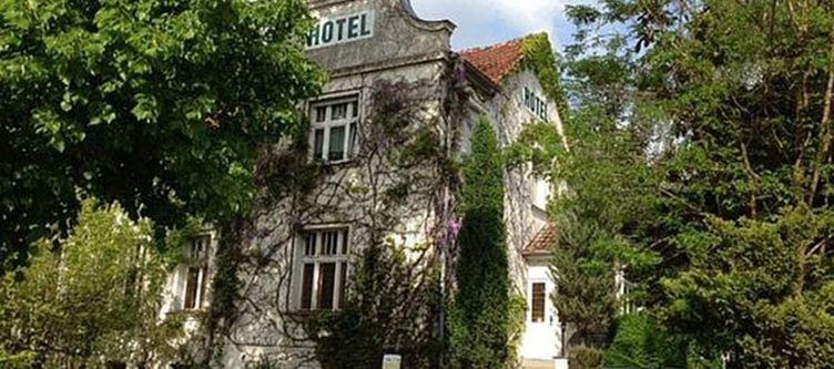 Heine Hotel