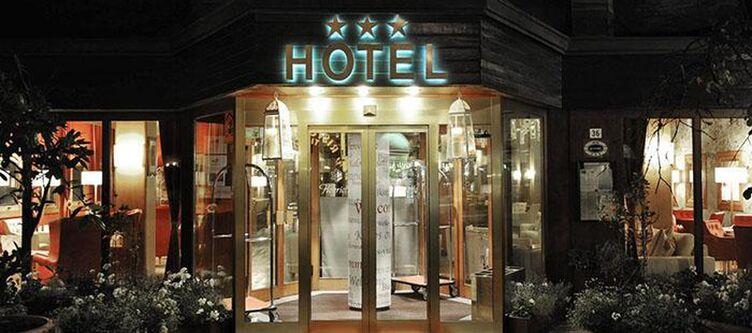 Henriette Hotel2