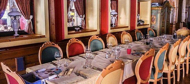 Henriette Restaurant2