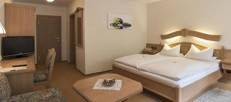 Hereth Zimmer4