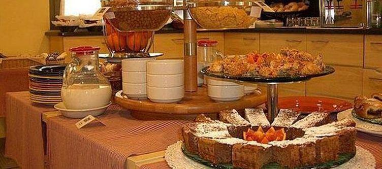 Hie Parma Fruehstuecksbuffet2