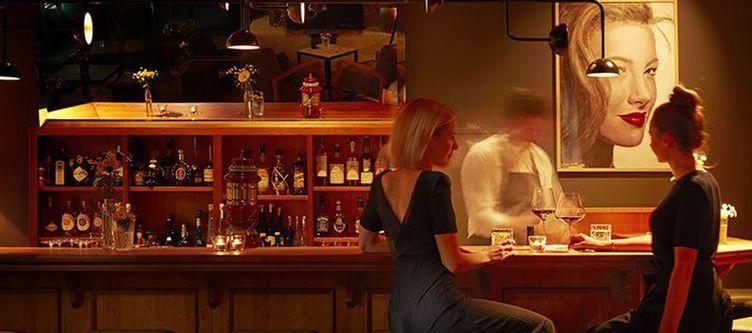 Hirschen Bar2