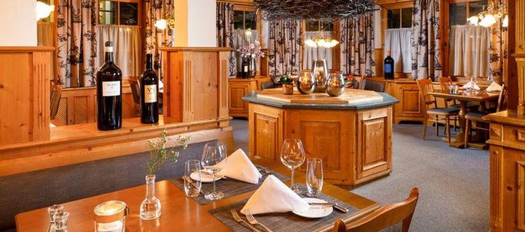 Hirschen Restaurant2