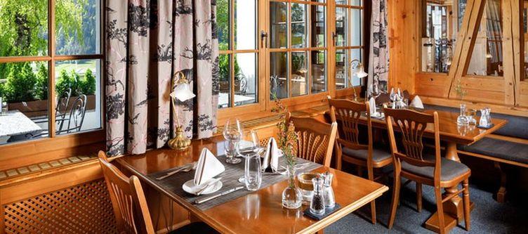 Hirschen Restaurant4